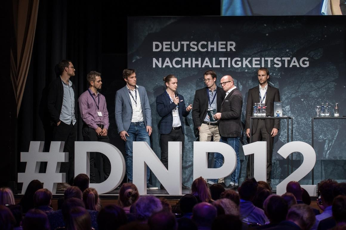 Retraced co-founders, Philipp and Lukas, on stage with the other nominees